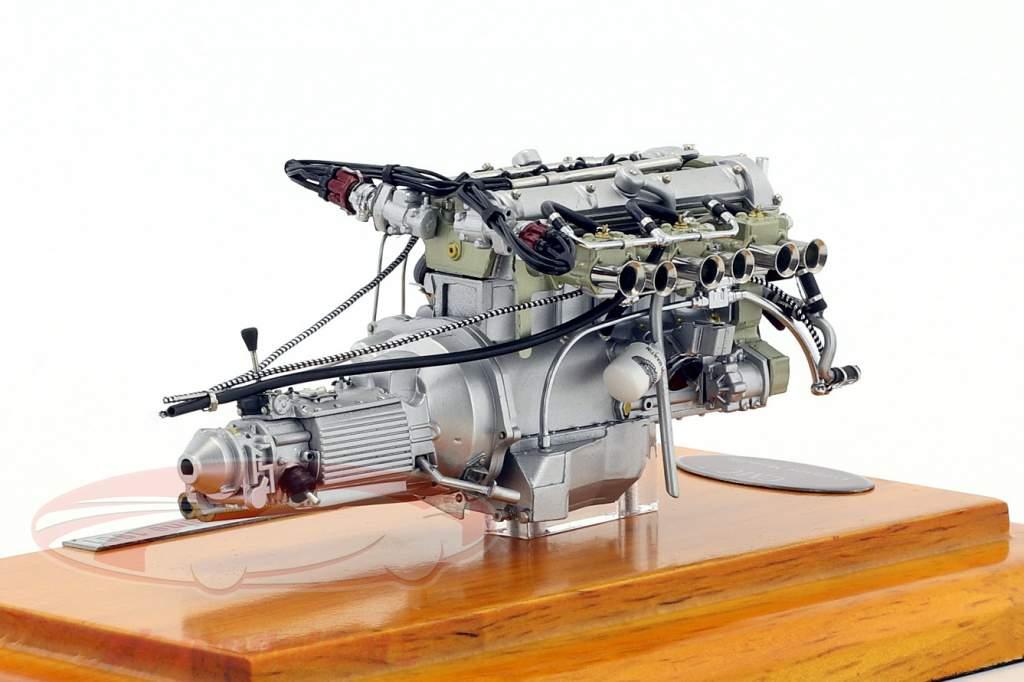 Cmc 118 Aston Martin Db4 Gt Baujahr 1961 Motor Mit Vitrine M 133