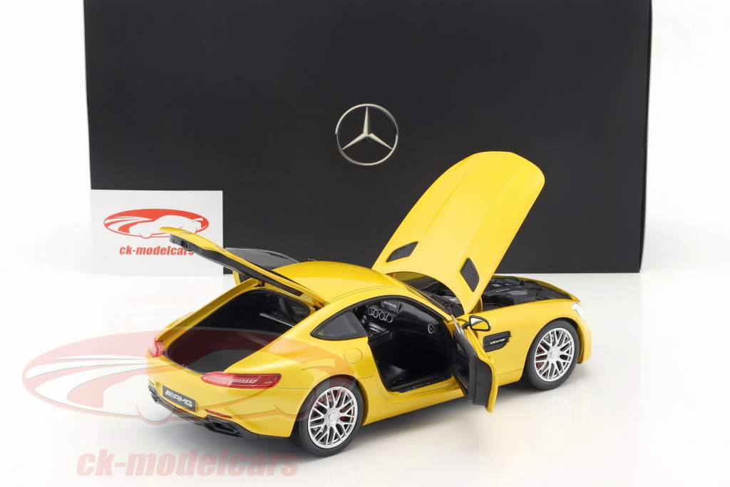 Mercedes-Benz AMG GT S coupe (C190) solar beam 1:18 Norev
