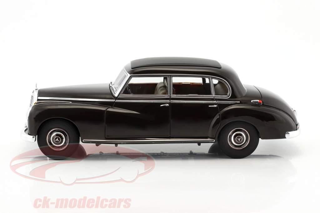 Mercedes-Benz 300 (W186) año de construcción 1954 tabaco marrón 1:18 Norev