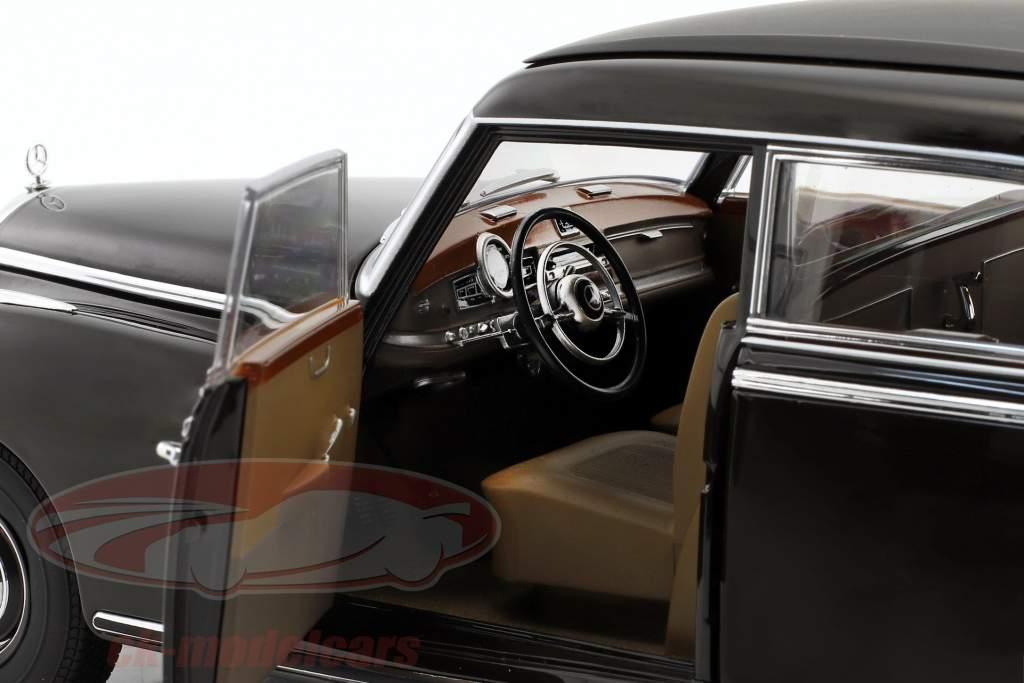 Mercedes-Benz 300 (W186) année de construction 1954 tabac brun 1:18 Norev