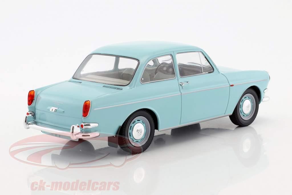 Volkswagen VW 1500 S (Typ 3) année de construction 1963 bleu clair 1:18 Model Car Group