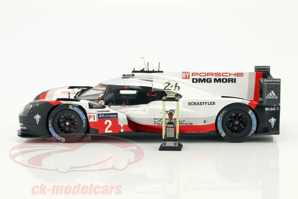 Porsche 919 Hybrid #2 gagnant 24h LeMans 2017 Bernhard, Hartley, Bamber 1:18 Spark