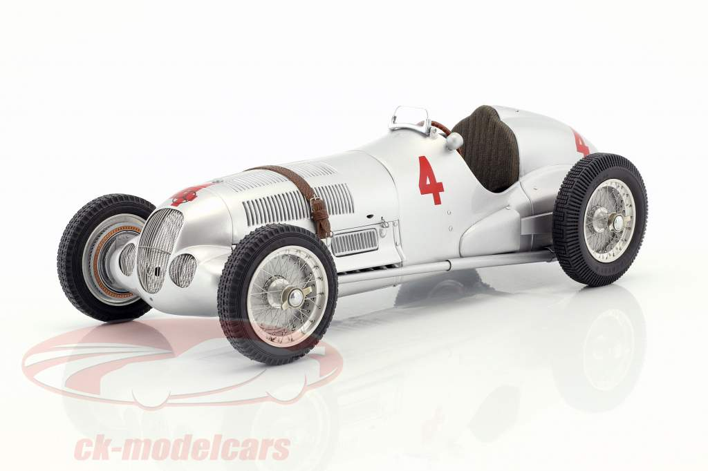 Mercedes-Benz W125 #4 Donington Grand Prix 1937 Richard Seaman 1:18 CMC