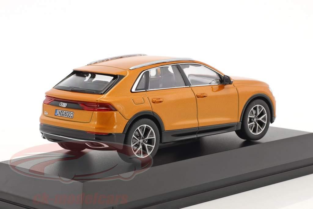 Audi Q8 Dragon orange 1:43 Norev