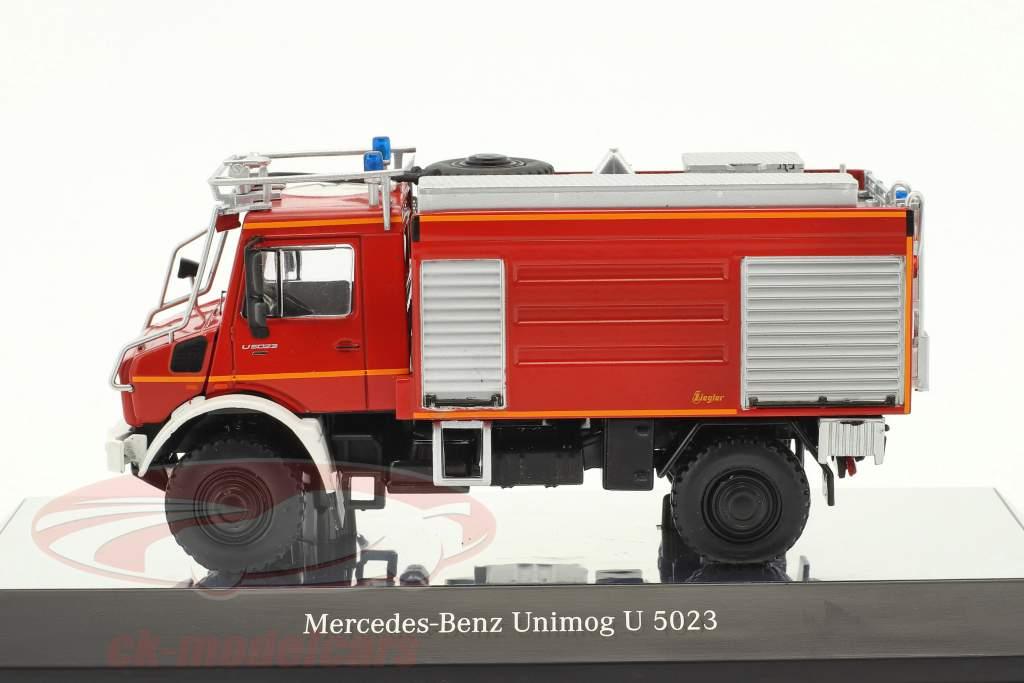 Mercedes-Benz Unimog U 5000 pompiers rouge 1:50 NZG