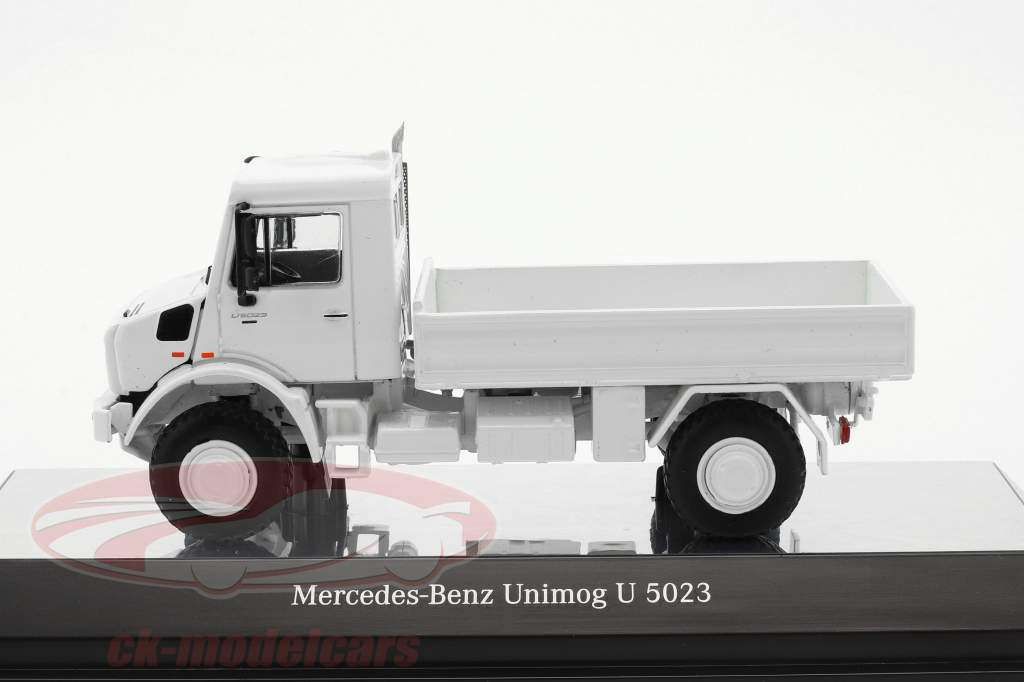 Mercedes-Benz Unimog U 5000 with plans white 1:50 NZG