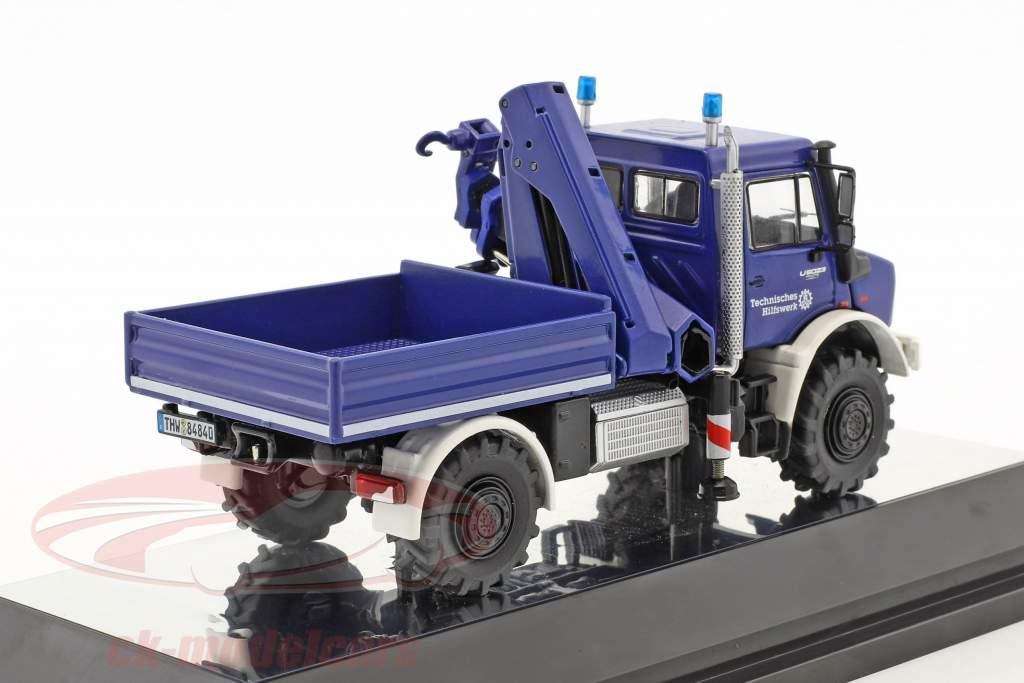 Mercedes-Benz Unimog U 5000 THW avec grue bleu 1:50 NZG