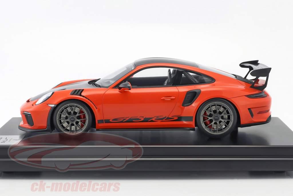 Porsche 911 (991 II) GT3 RS Weissach Package 2018 with showcase lava orange 1:12 Spark