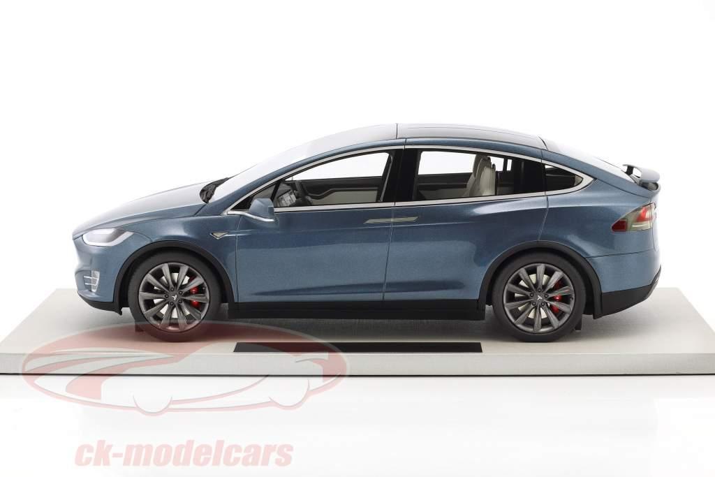 Tesla Model X year 2016 blue gray metallic 1:18 LS Collectibles