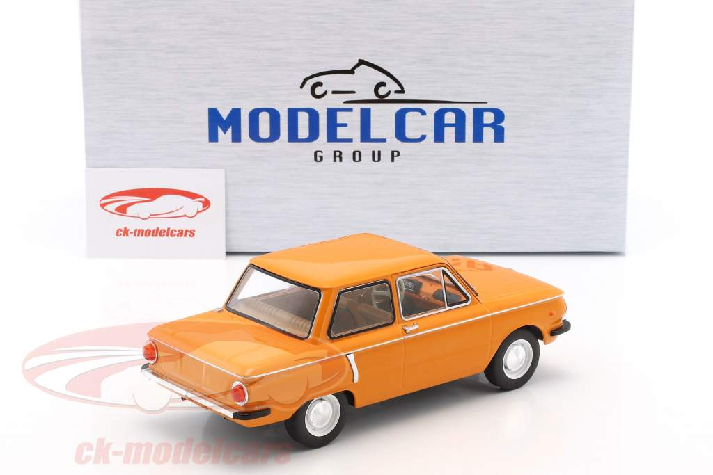 Saporoshez SAS 966 Baujahr 1966 orange 1:18 Model Car Group