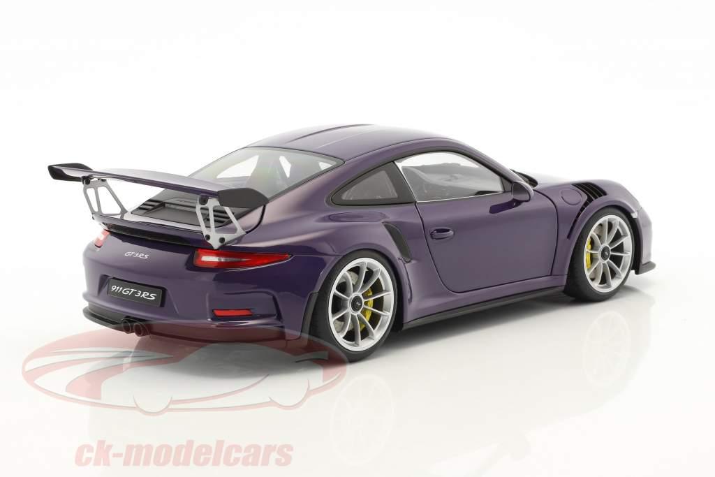 Porsche 911 (991) GT3 RS Baujahr 2016 ultraviolett mit silbernen Rädern 1:18 AUTOart