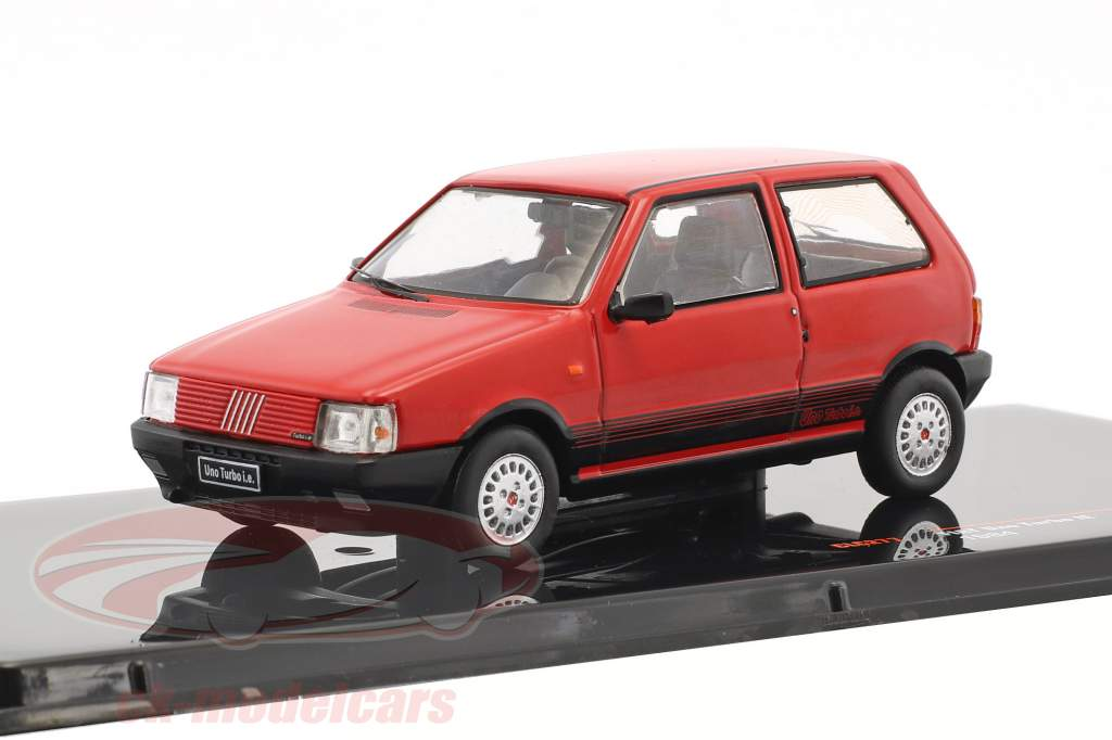 Fiat Uno Turbo IE year 1984 red 1:43 Ixo