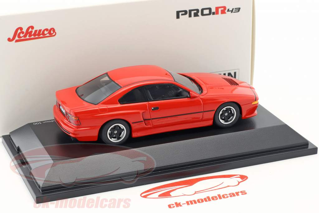 BMW M8 Coupe rot 1:43 Schuco