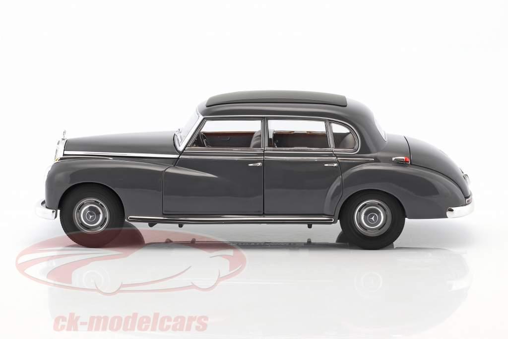 Mercedes-Benz 300 année de construction 1955 sombre gris 1:18 Norev