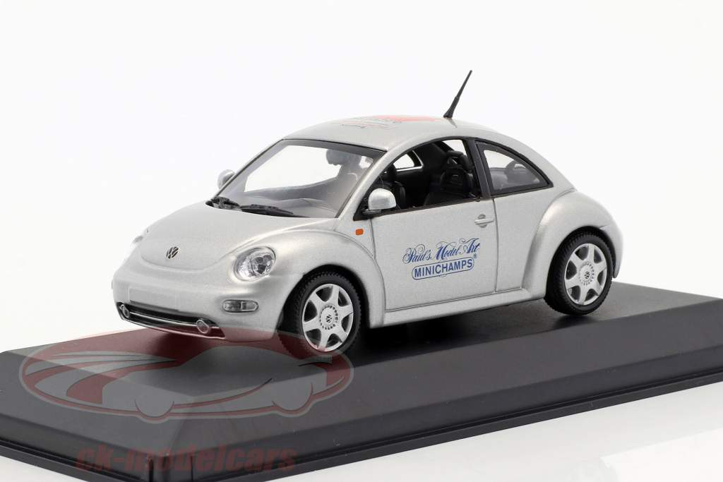 Volkswagen VW New Beetle Toy Fair Nürnberg 1999 silber 1:43 Minichamps