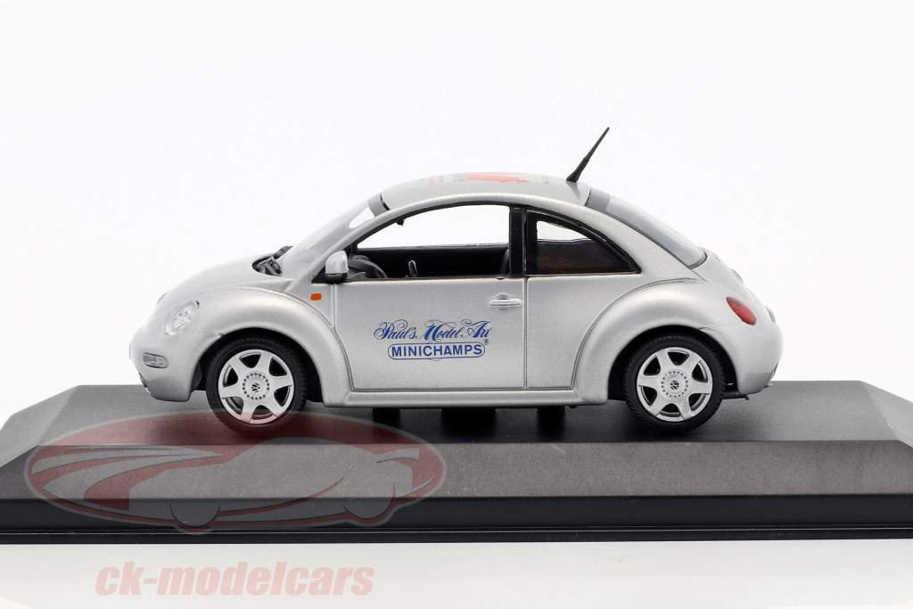 Volkswagen VW New Beetle Toy Fair Nürnberg 1999 argento 1:43 Minichamps