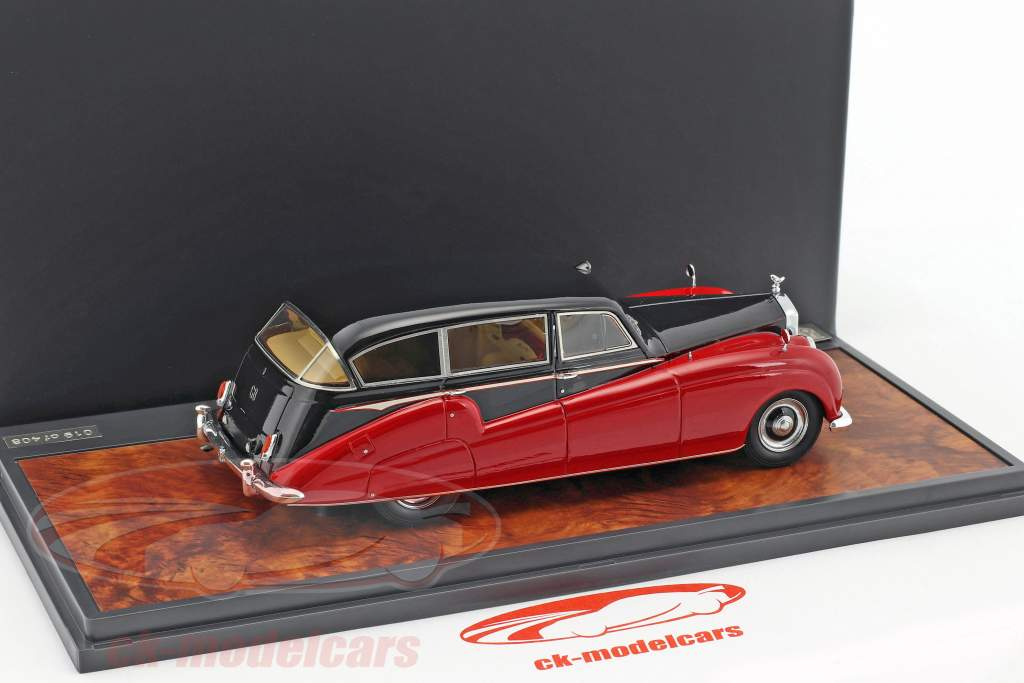 Rolls Royce Freestone & Webb Silver Wraith limousine year 1957 black / red 1:43 Matrix
