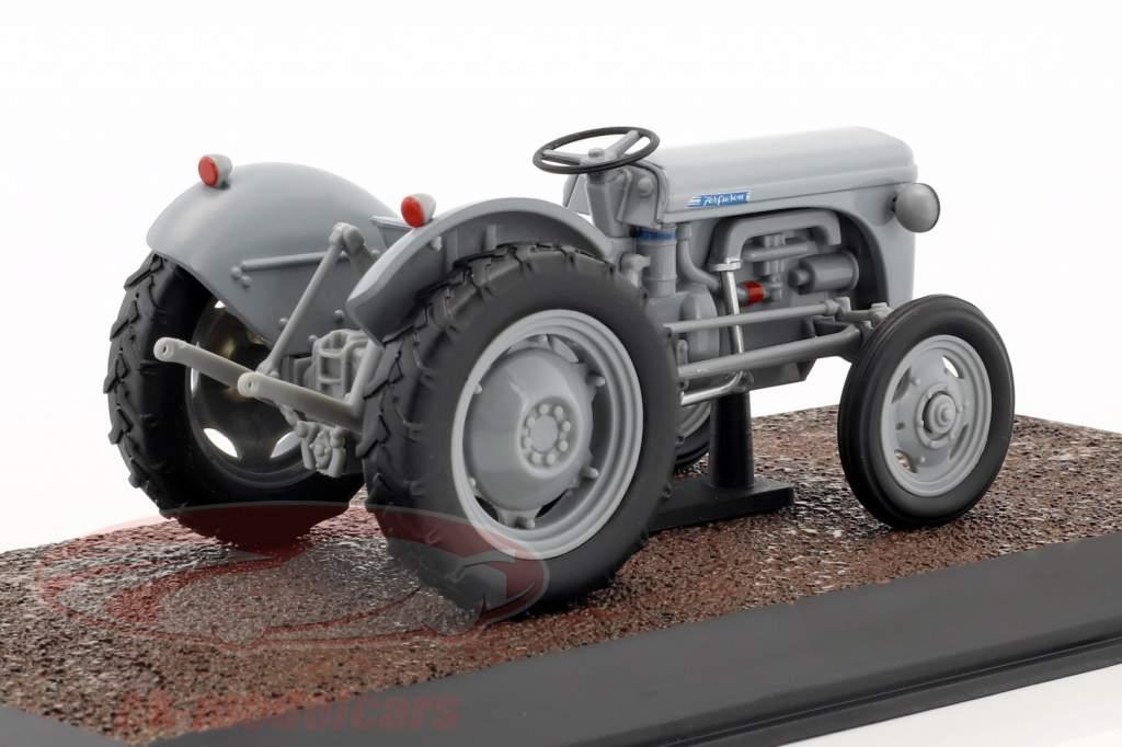 Ferguson TE-20 trattore anno di costruzione 1953 grigio 1:32 Atlas