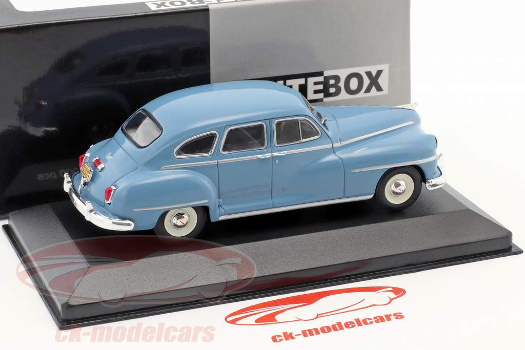 DeSoto 4-Door Sedan Baujahr 1946 hellblau 1:43 WhiteBox