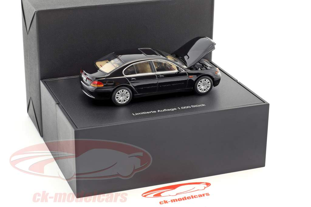 BMW 7er IAA Frankfurt 2001 black 1:43 Minichamps