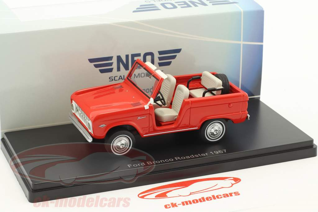Ford Bronco Roadster year 1967 red 1:43 Neo