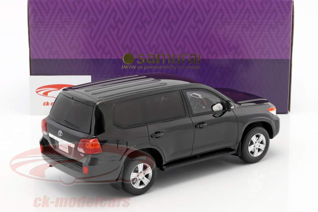 Toyota Landcruiser year 2015 black 1:18 Kyosho