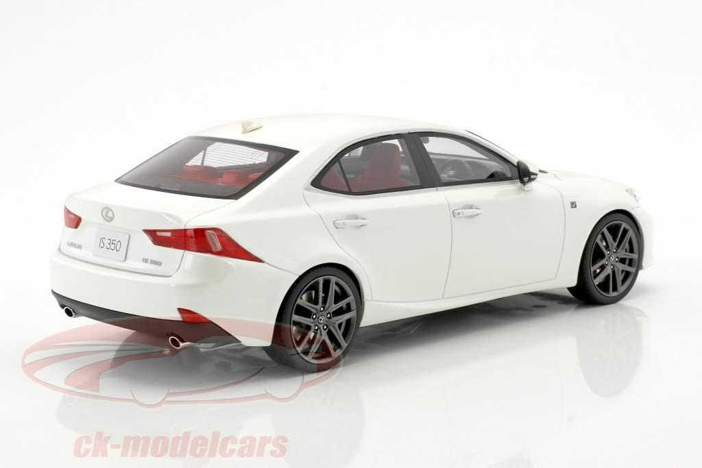 Lexus IS350 F Sport bianco 1:18 Kyosho