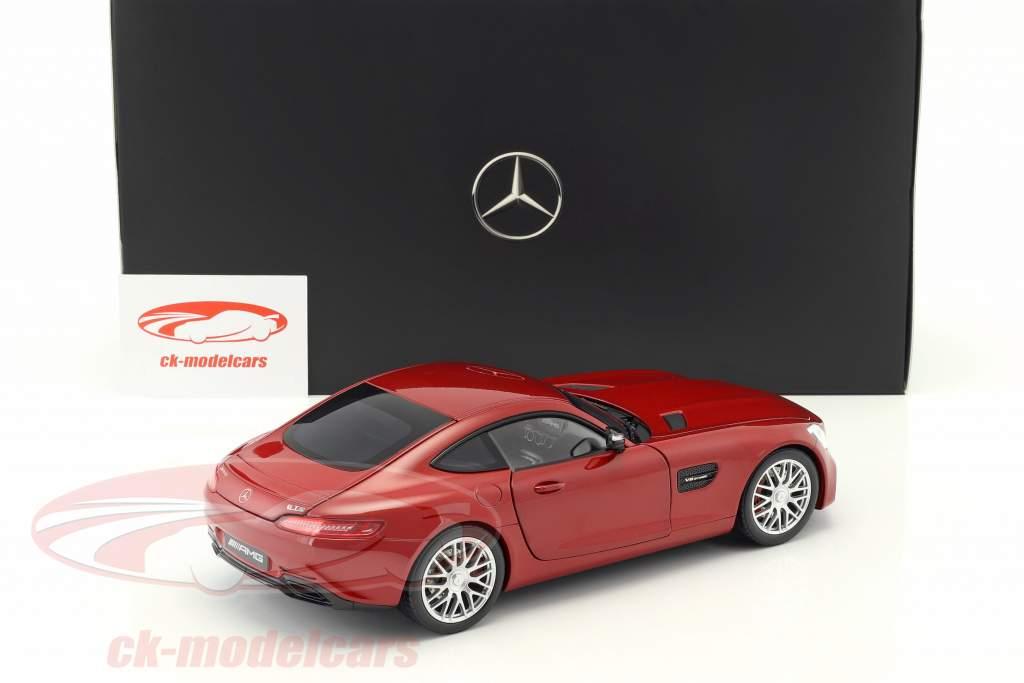 Mercedes-Benz AMG GT S hyazinthrot metallic 1:18 Norev