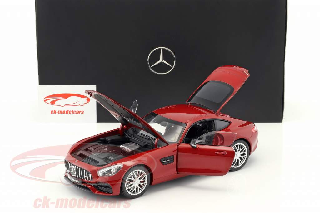 Mercedes-Benz AMG GT S hyacinth red metallic 1:18 Norev