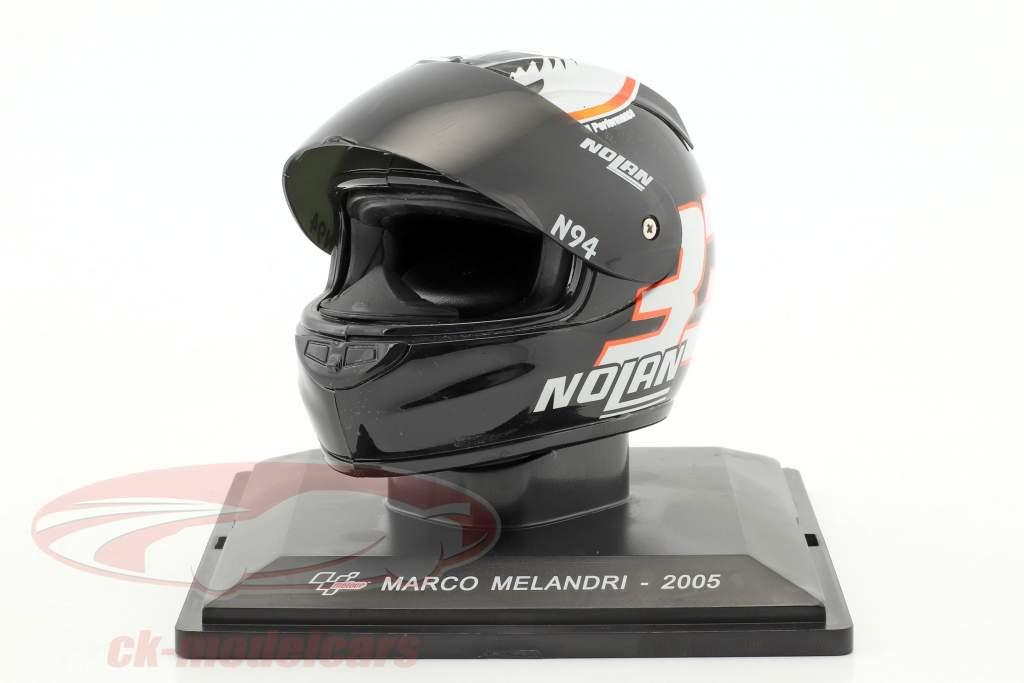 Marco Melandri MotoGP 2005 casco 1:5 Altaya