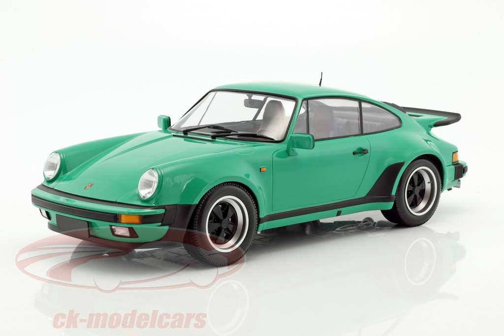 Porsche 911 (930) Turbo year 1977 green 1:12 Minichamps