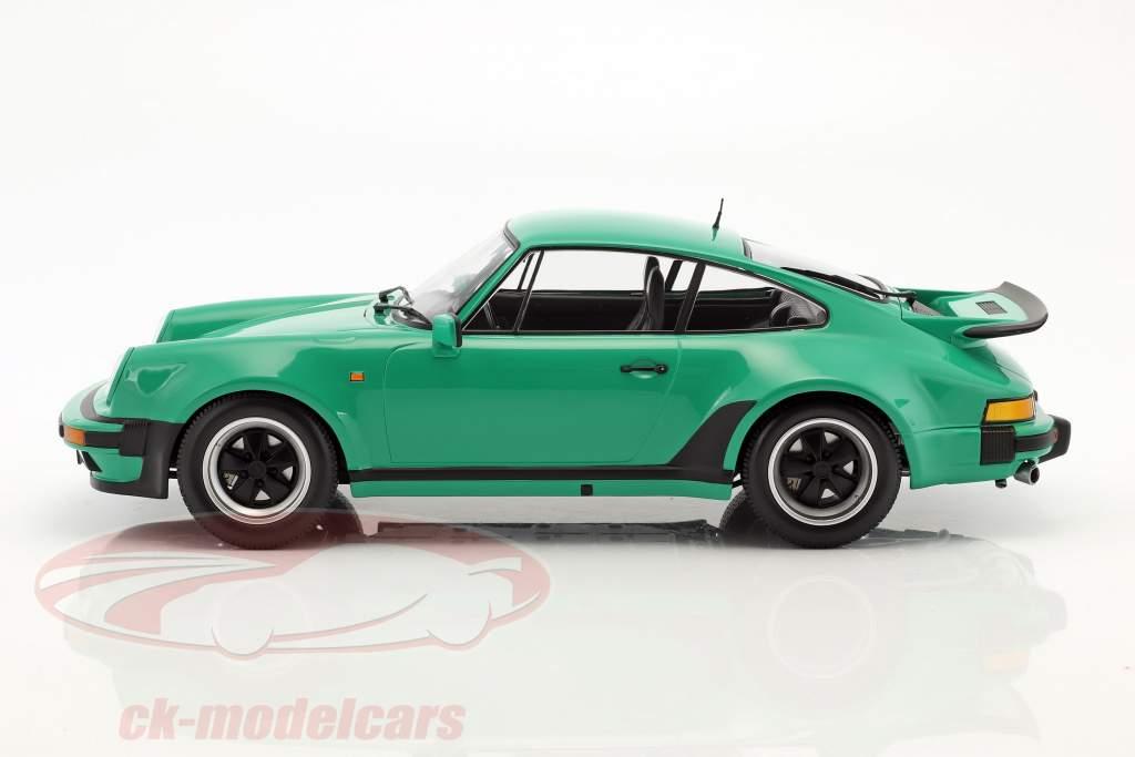 Porsche 911 (930) Turbo année de construction 1977 vert 1:12 Minichamps
