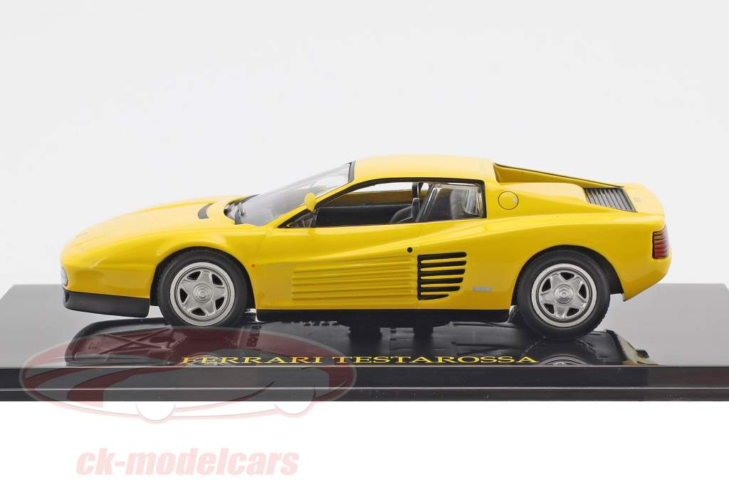 Ferrari Testarossa yellow with showcase 1:43 Altaya