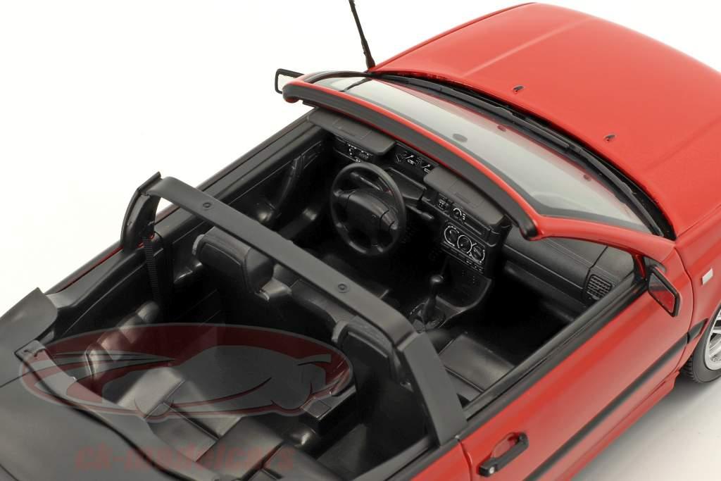 Volkswagen VW Golf Cabriolet anno di costruzione 1995 rosso 1:18 Norev