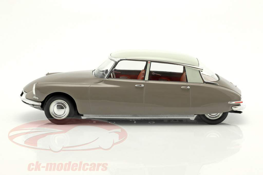 Citroen DS 19 year 1959 tan 1:18 Norev