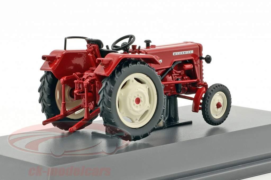 Mc Cormick D-326 trattore rosso 1:43 Schuco