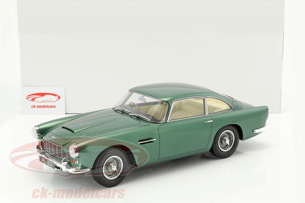 Aston Martin DB4 DHC year 1964 green metallic 1:12 Matrix