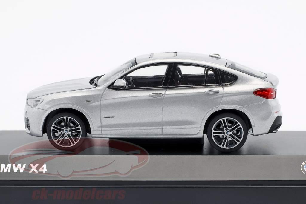 BMW X4 (F26) Ano 2015 prata 1:43 Herpa