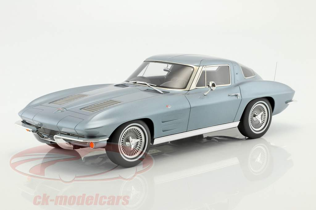 Chevrolet Corvette anno di costruzione 1963 silberblau metallico 1:12 GT-Spirit