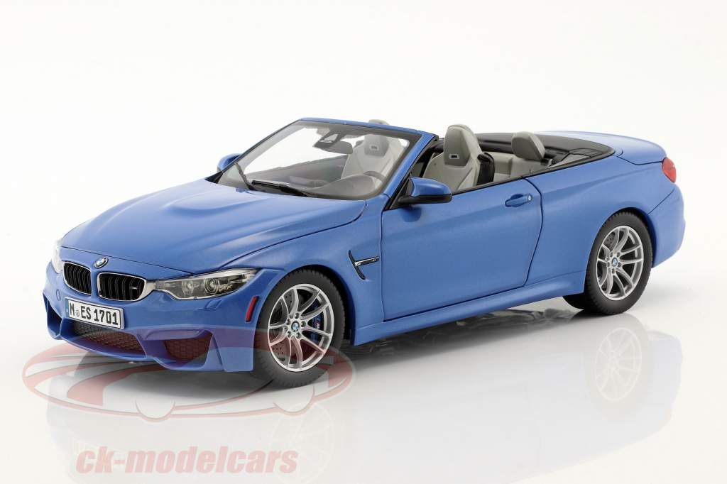 BMW M4 (F83) Convertible Year 2015 blue 1:18 ParagonModels