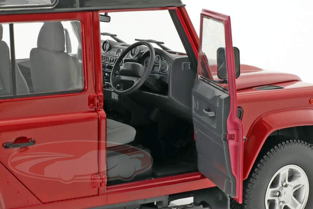 Land Rover Defender 110 RHD year 1983 red 1:18 Dorlop