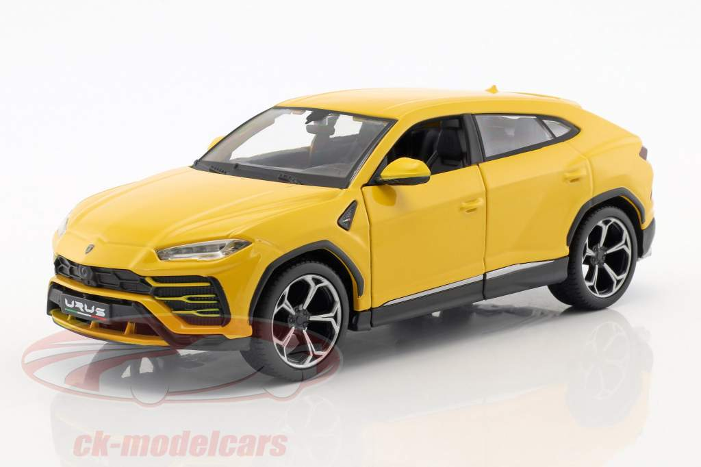 Lamborghini Urus yellow 1:24 Maisto