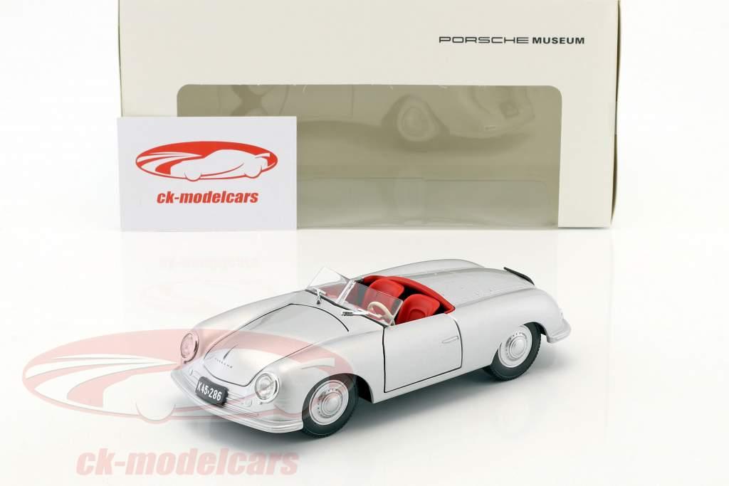 Porsche 356 Nr. 1 met kentekenplaat Bouwjaar 1948 zilver 1:24 Welly