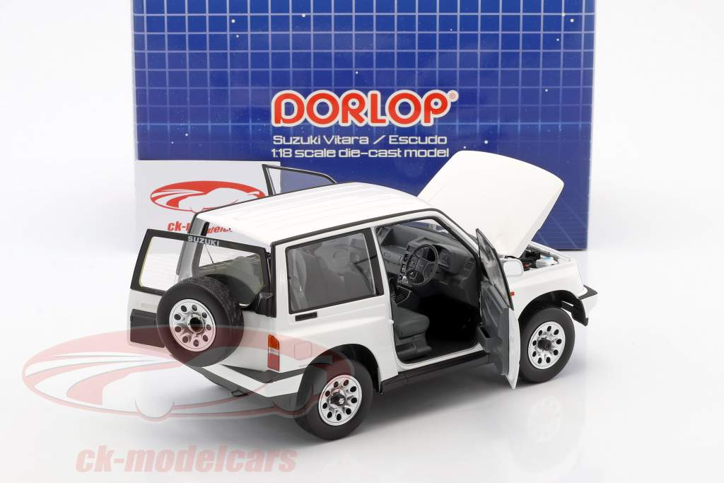 Suzuki Vitara / Escudo RHD bianco 1:18 Dorlop