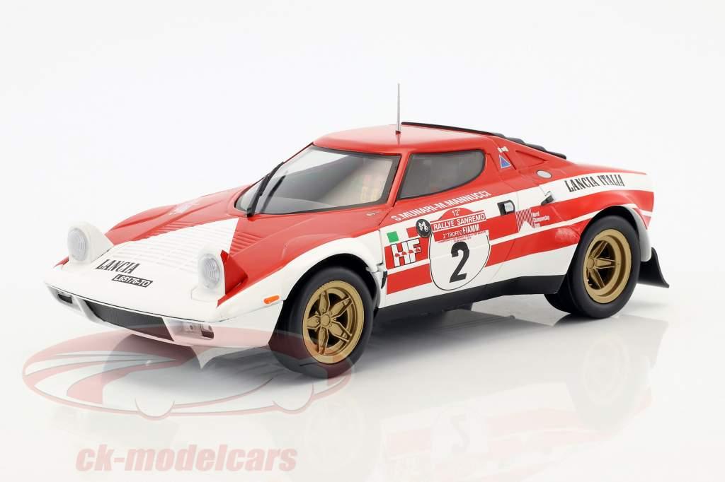 Lancia Stratos HF #2 gagnant Rallye SanRemo 1974 Munari, Manucci 1:18 Triple9