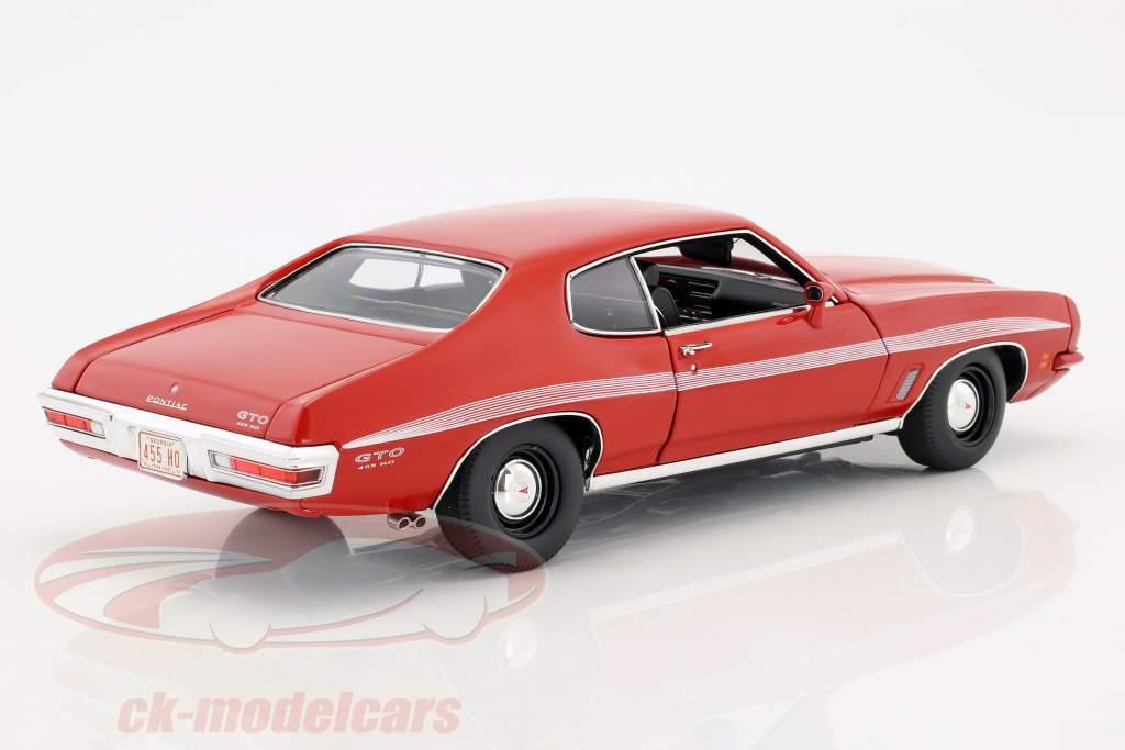 Pontiac LeMans GTO year 1972 red 1:18 GMP