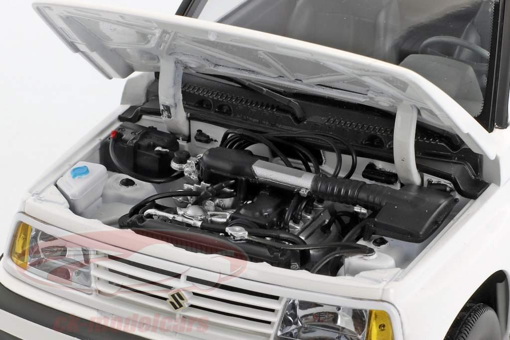Suzuki Vitara / Escudo LHD blanc 1:18 Dorlop