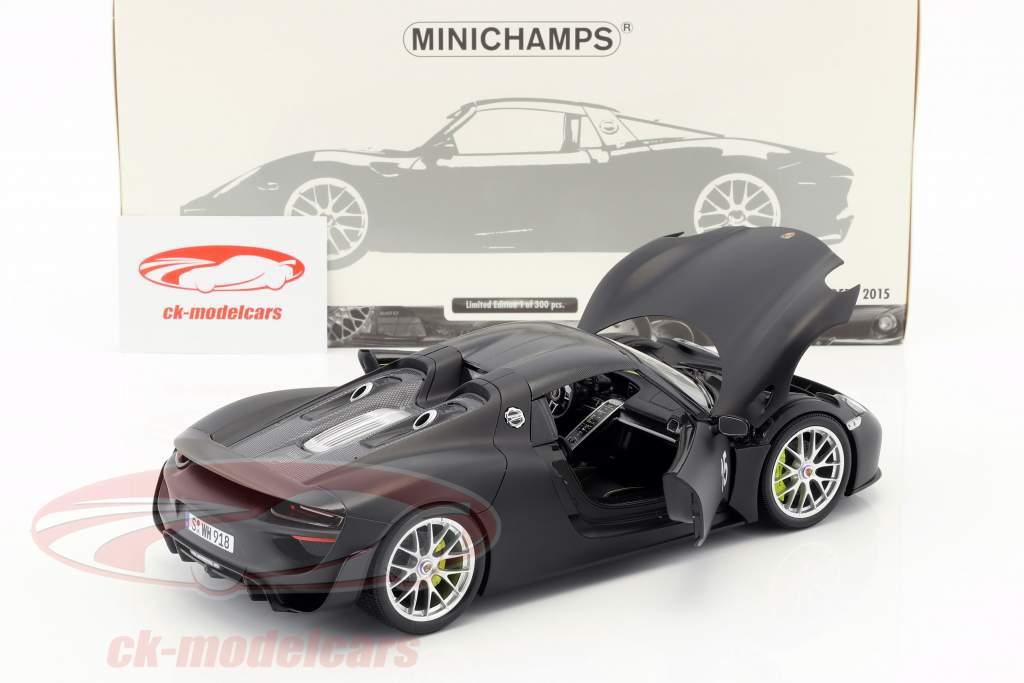 Porsche 918 Spyder Weissach Package anno di costruzione 2015 tappetino nero 1:18 Minichamps