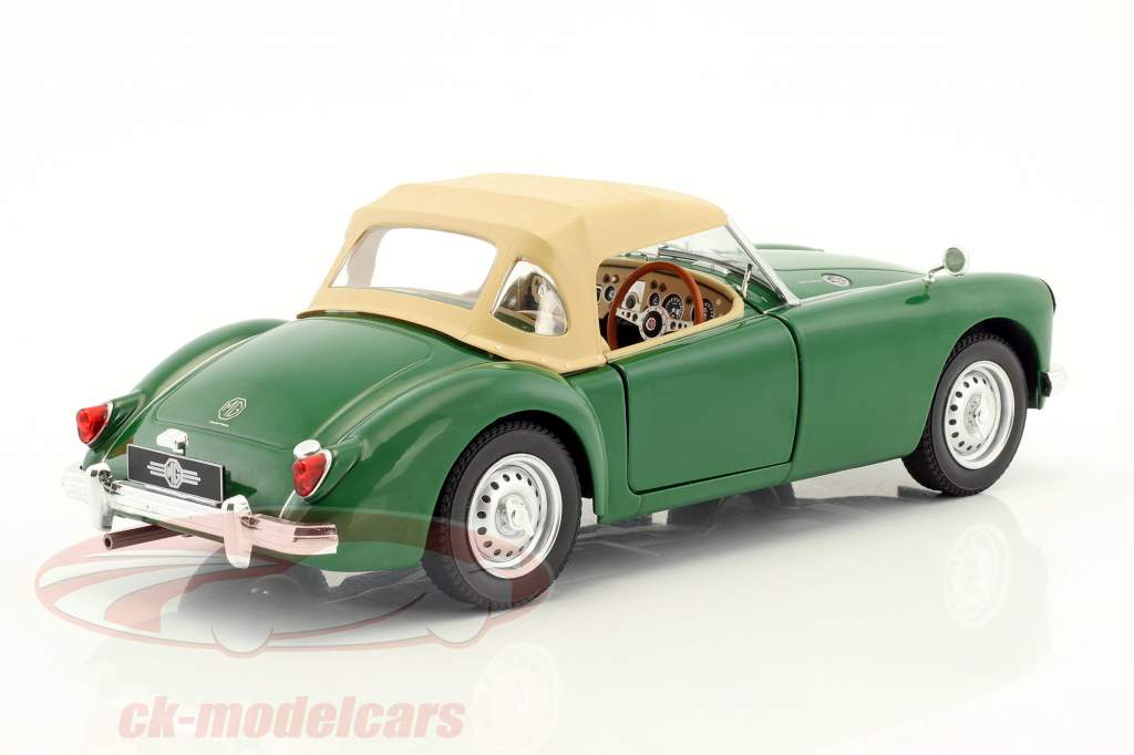 MGA MKI Twin Cam Closed softtop year 1959 green / beige 1:18 Triple9