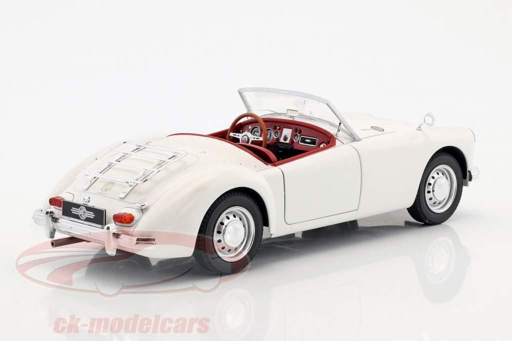 MGA MKII A1600 Open Convertible Baujahr 1961 weiß 1:18 Triple9
